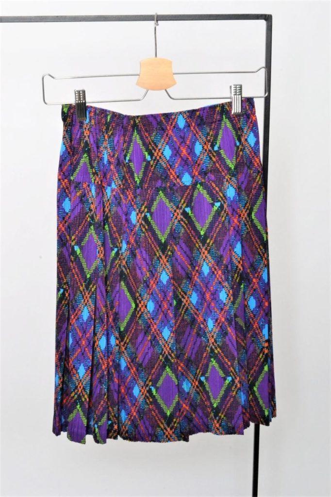 総柄 スカート