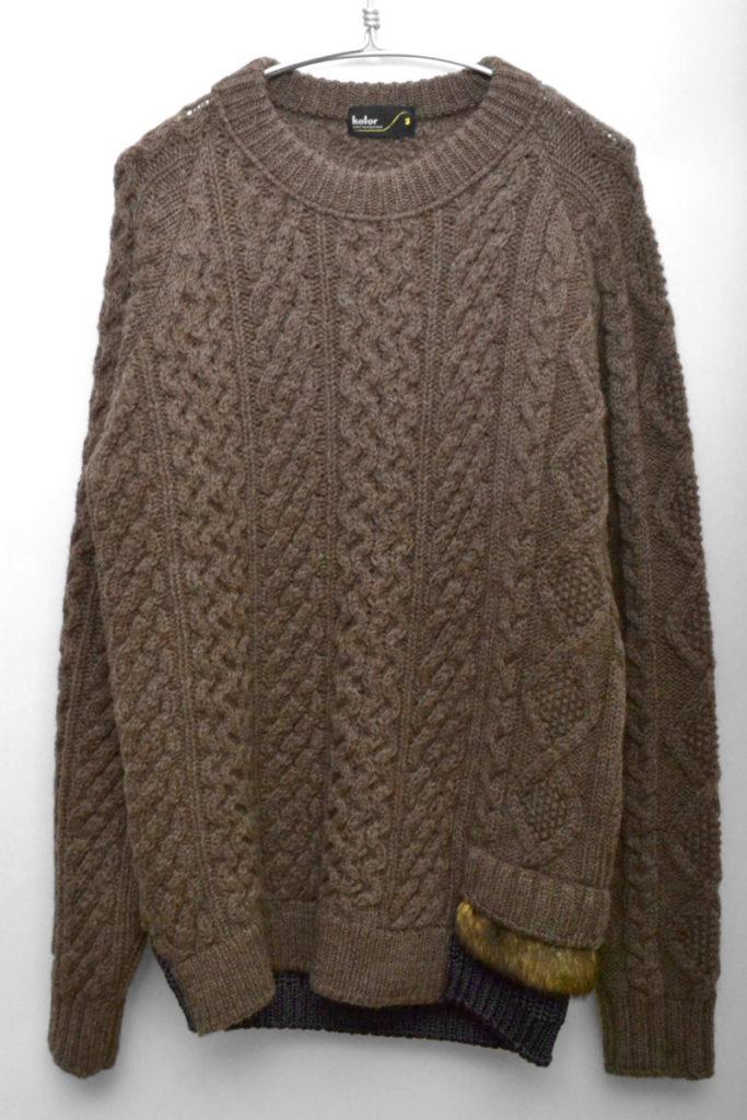 ローゲージケーブルニット セーター 裾ファー切替