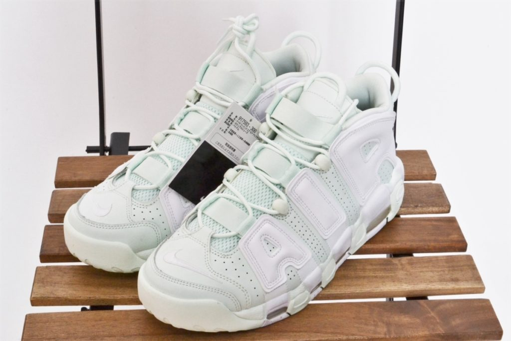 WMNS AIR MORE UPTEMPO エアモアアップテンポ モアテン
