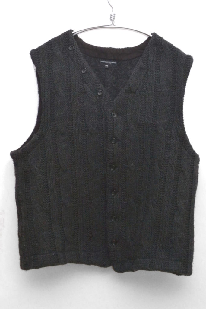 Combi Cable Knit Vest in Dark Grey ケーブルニットベスト
