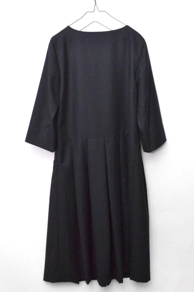 ソフトウール ブラックドレス ワンピースの買取実績画像