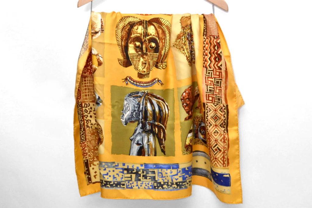 PERSONA ペルソナ シルク大判スカーフ 仮面の買取実績画像