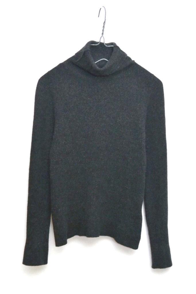 × JOHN SMEDLEY /リブニット タートルネックセーター