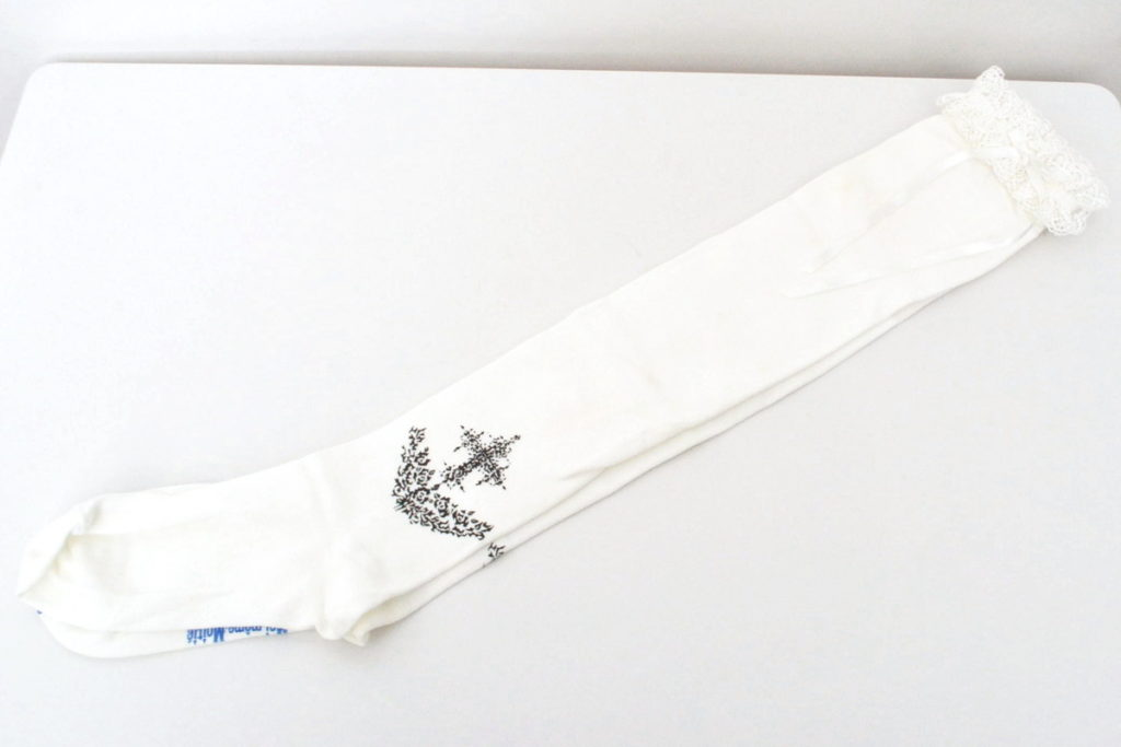 十字架 バラ レース装飾ハイソックス 靴下