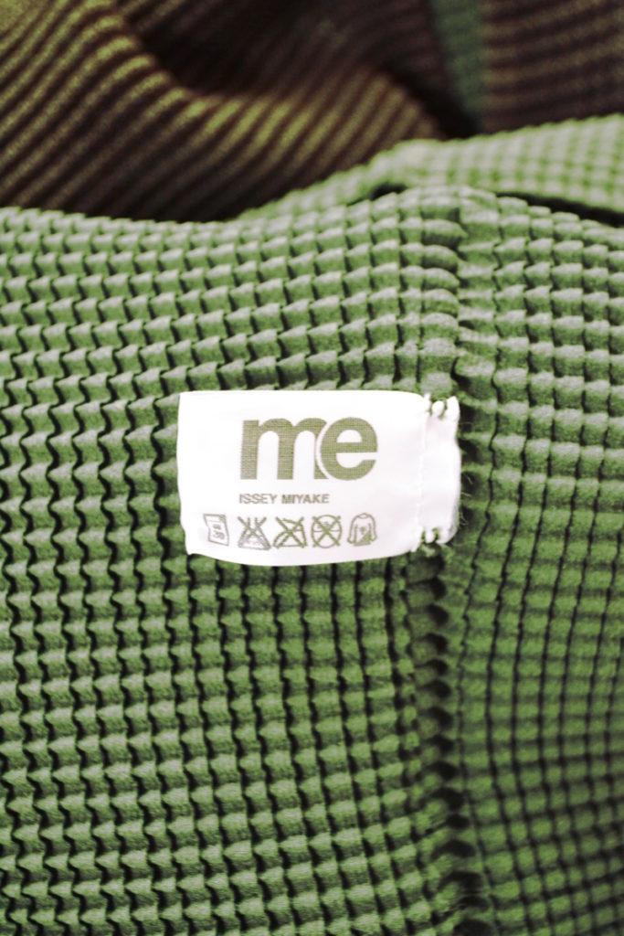 me/2002AW 初期/2枚重ね ワッフルプリーツ タートルネック ノースリーブブラウスの買取実績画像