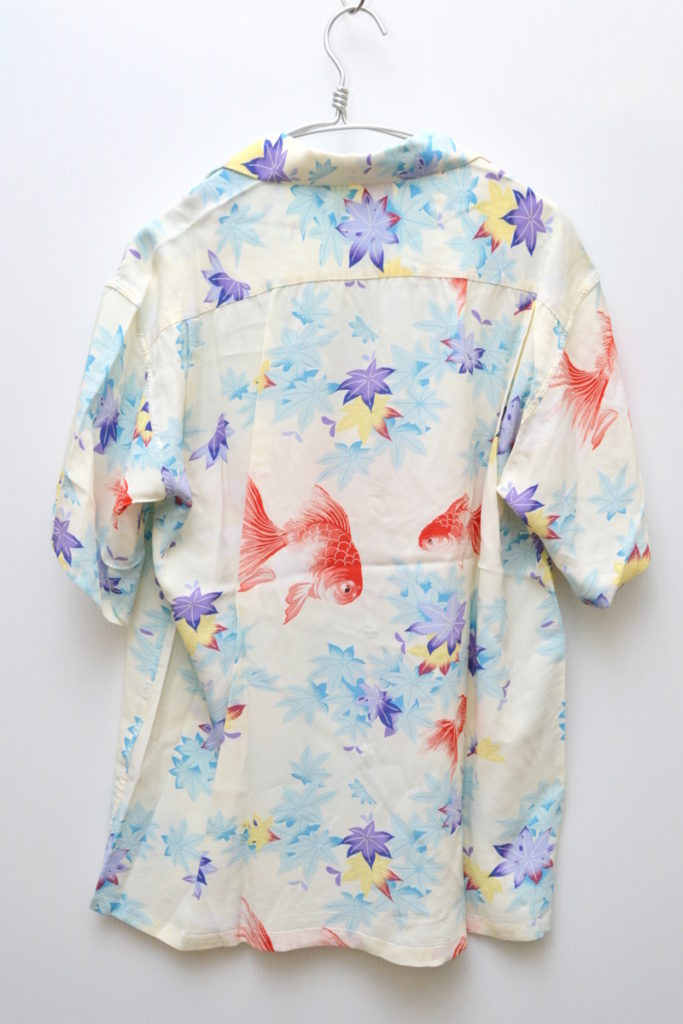 2018/JAPANESE MAPLE AND FANTAIL 金魚柄 アロハシャツの買取実績画像