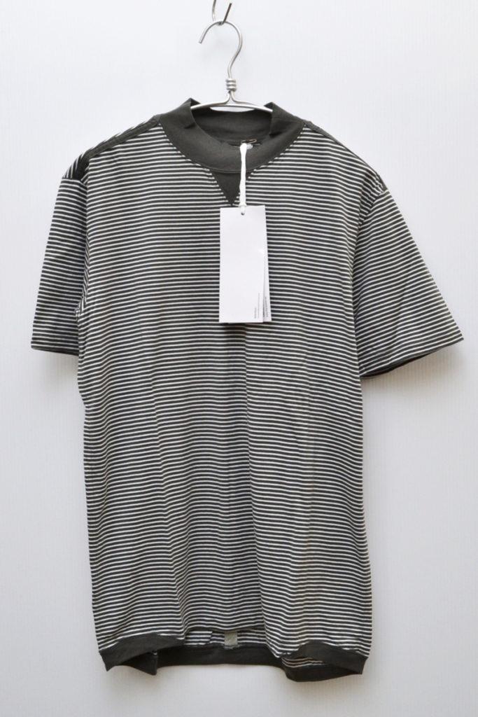モックネック ボーダーTシャツ