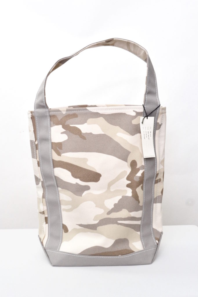 BAGUETTE TOTE PRINT CAMO コットンキャンバス バゲットトートバッグの買取実績画像