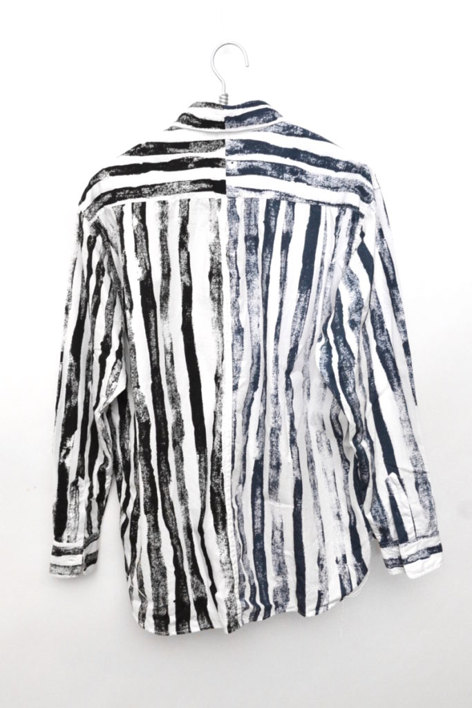 アシンメトリーパターン ブラッシュストライプ ビッグシャツの買取実績画像