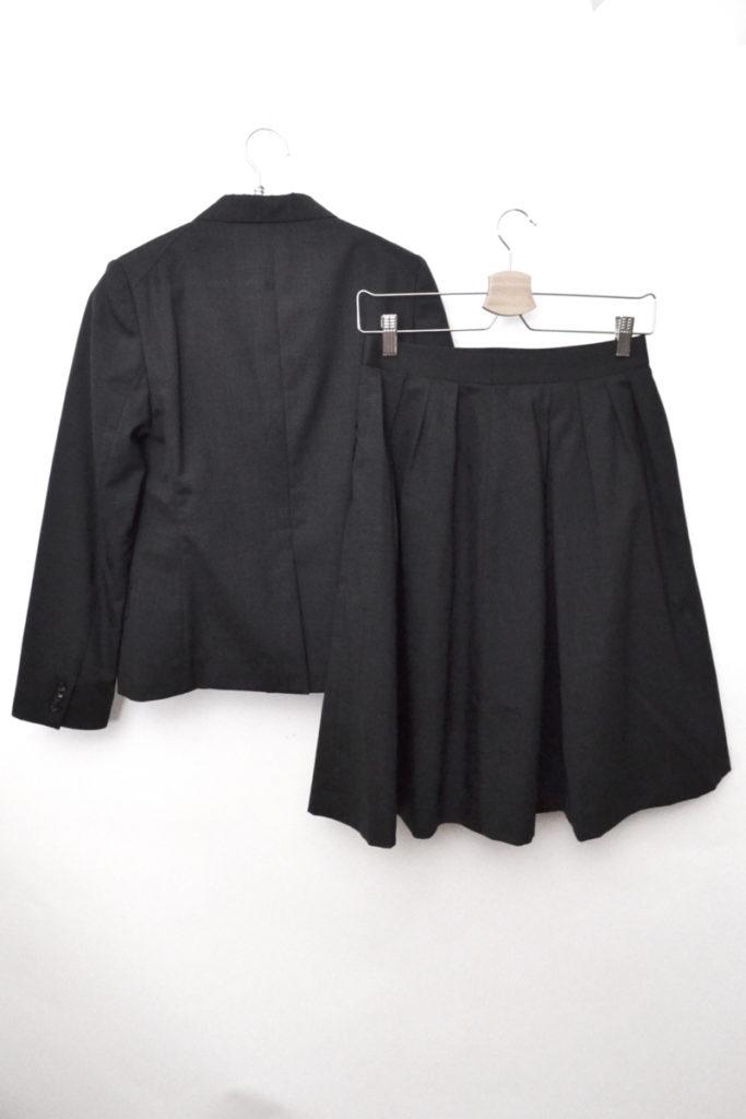 ウール 背抜き スカートスーツ セットアップの買取実績画像