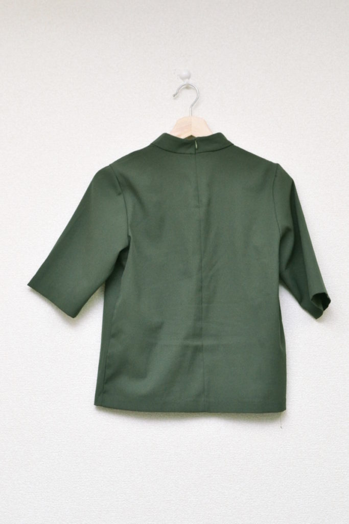 ビジュー装飾 ボトルネックカットソー Tシャツの買取実績画像
