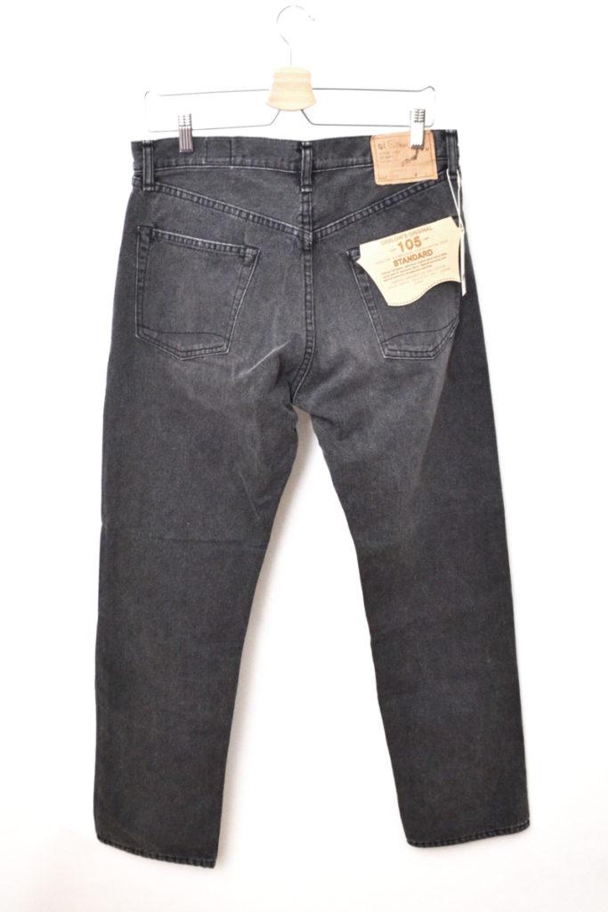 105/ストーンウォッシュ ブラックデニムパンツ スタンダード5ポケットジーンズの買取実績画像