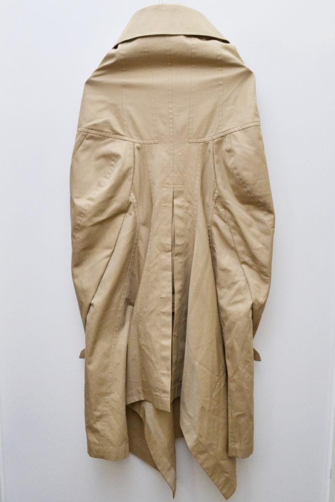 AD2012 12AW/変形 袖なし トレンチコート ポンチョの買取実績画像