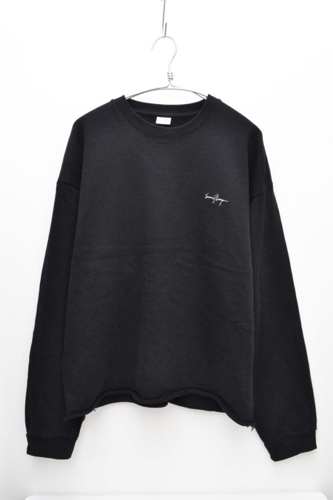 ロゴ刺繍 裾カットオフ クルーネックスウェットシャツ