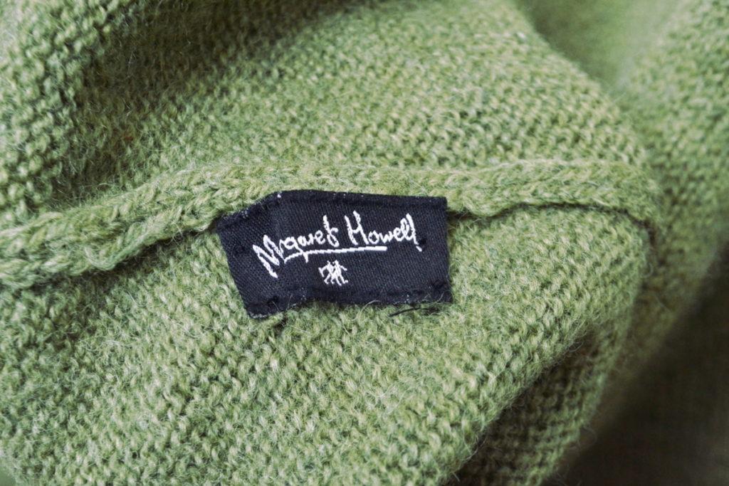 旧タグ ミドルゲージ タートルネックニットセーターの買取実績画像