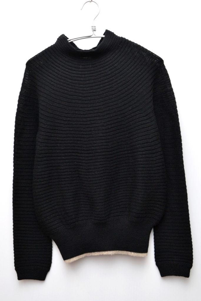 モックネック 横リブ変形ニット セーター