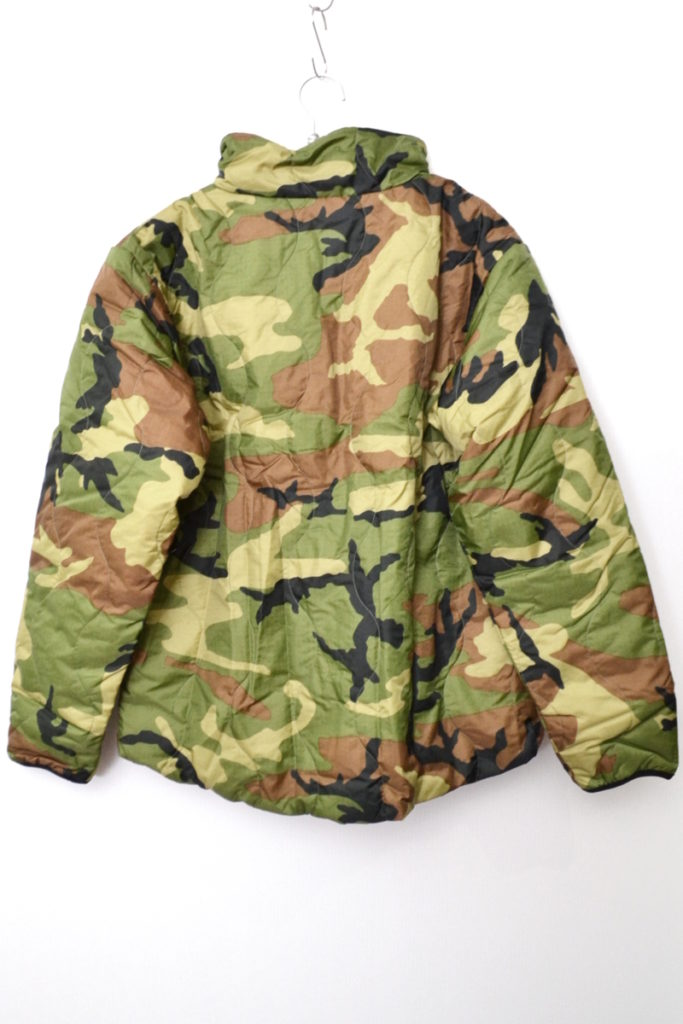 プリマロフト カモフラ リバーシブル ジャケットの買取実績画像