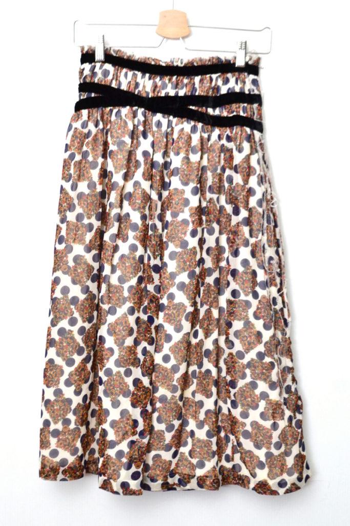 AD2003/ カットオフ加工 小花ドット柄 シフォン ラップスカートの買取実績画像