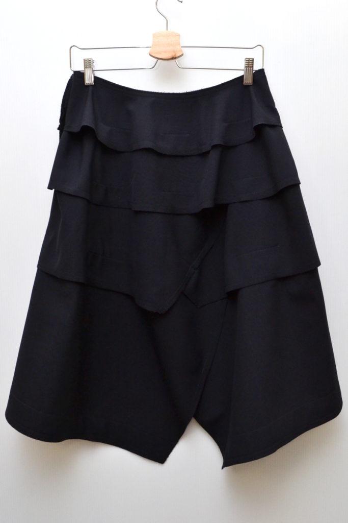 AD2016 16AW 18世紀のパンク/ウールギャバ ボンディング ティアードスカートの買取実績画像