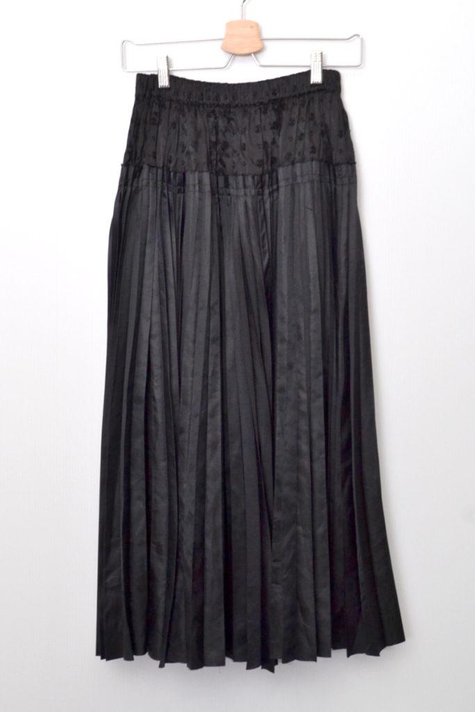 AD2002/ レーヨン刺繍 プリーツドッキング スカート